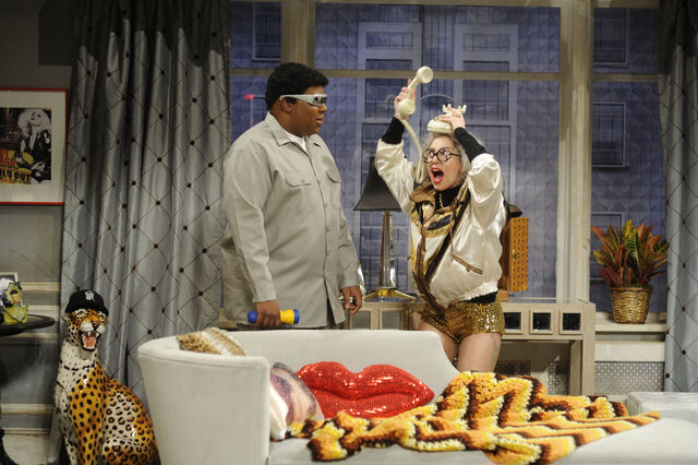 File:11-16-13 SNL Old Lady Gaga 003.jpg