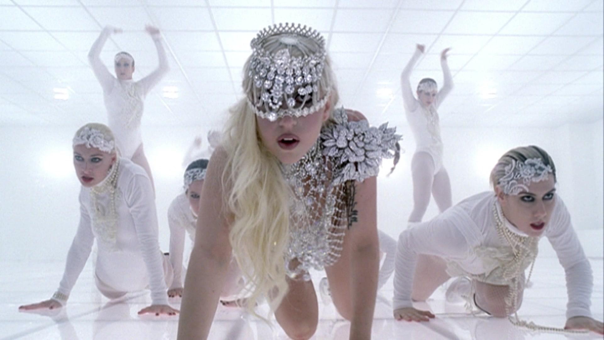 File:Lady Gaga - Bad Romance 026.jpg