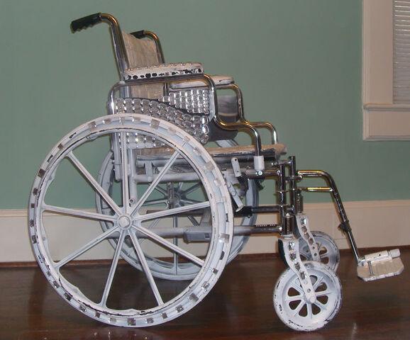 File:Video Music Awards wheelchair 001.JPG