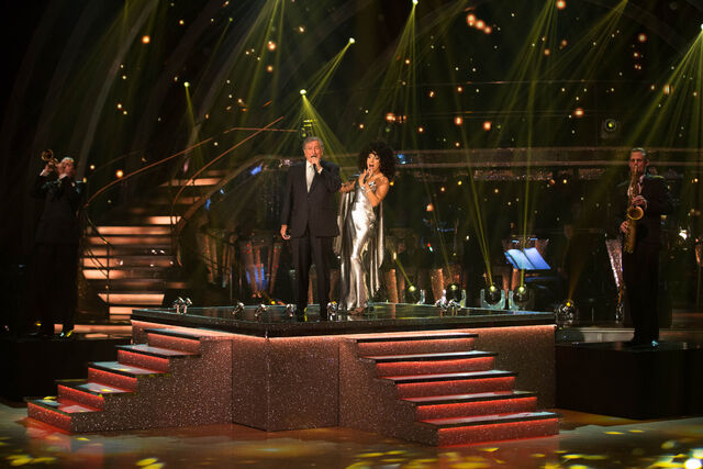 File:10-18-14 Strictly Come Dancing - Performance 002.jpg