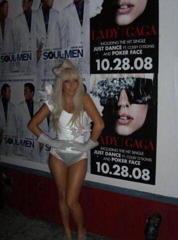 File:10-28-08 The Fame Ball Tour at Highline Ballroom - Backstage 001.jpg