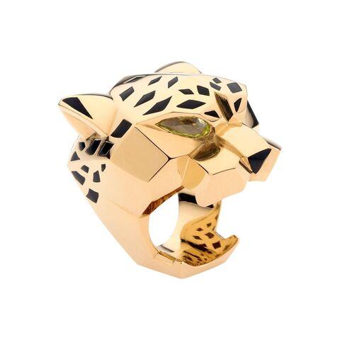 File:Gaga-cartier-panther-ring.jpg