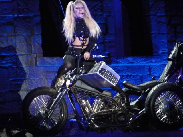 File:The Born This Way Ball Tour You and I 001.jpg