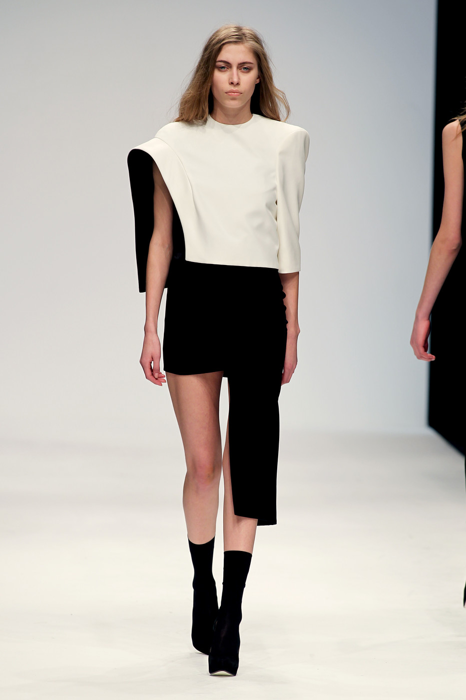 File:Tamara Chung Fall 2010 Dress.jpg
