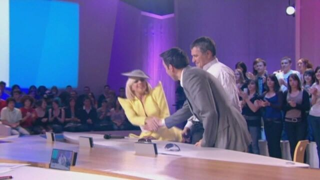 File:4-23-09 At the Le Grand Journal 001.jpg