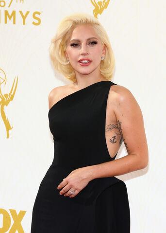 File:9-20-15 Red carpet at 67th Primetime Emmy Awards at Microsoft Theater in La 002.jpg