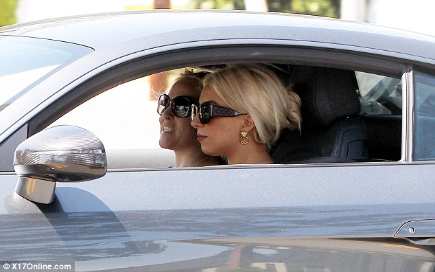 File:4-3-12 Out in Beverly Hills.jpg