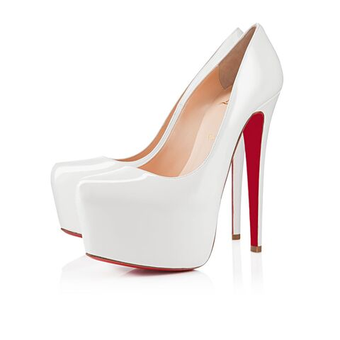 File:Christian Louboutin - Daffodile leather patent pumps.jpg
