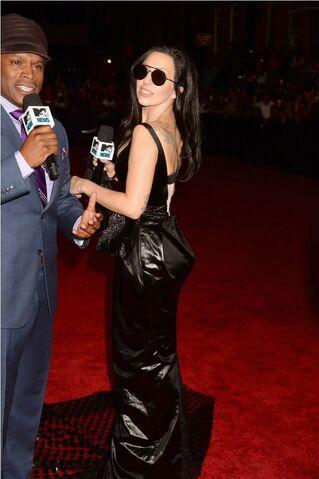 File:8-25-13 MTV VMA's Arrival 007.jpg