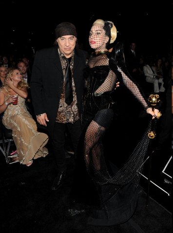 File:54th Grammy Awards 007.png