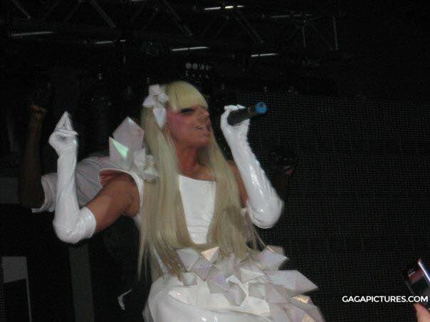 File:11-17-08 Suede Nightclub 001.JPG