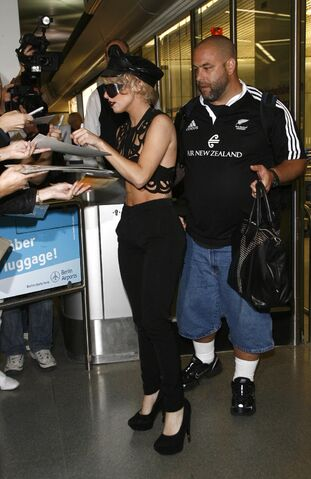 File:Lady Gaga at tegel airport 09-6-09.jpg