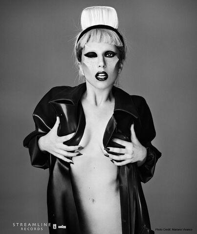 File:Born This Way USB - Mariano Vivanco 022.jpg