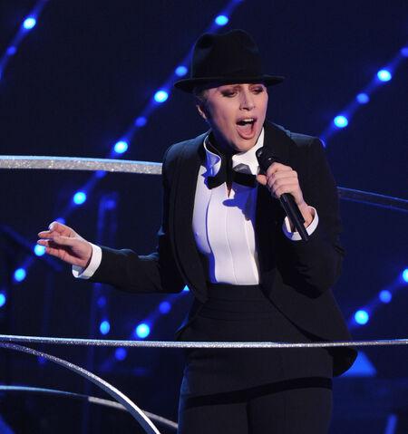File:12-2-15 Frank Sinatra 100 Grammy Concert in Las Vegas 002.jpg