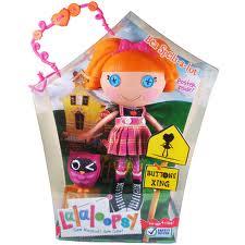 File:Bea Spells-a-Lot's Box.jpg