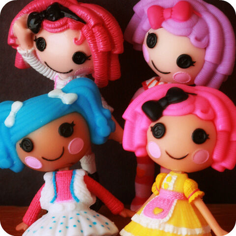 File:Lalaloopsy dolls.jpg