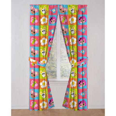 File:Blossom crumbs drapes.jpg