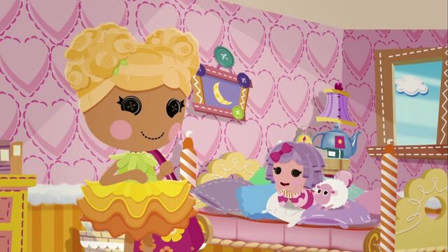 File:Lalaloopsy S2E4 - Life of the Parties - Mari plans Pillow's party.jpg
