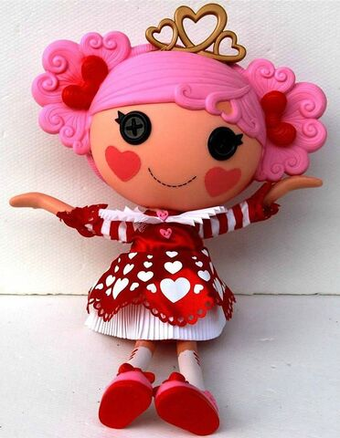 File:Queenie Red Heart - large core doll - preview leak.jpg