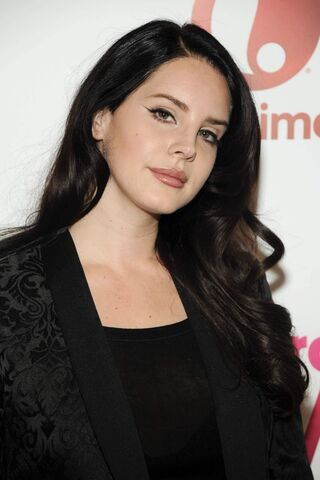 File:Lana-del-rey-attends-the-billboard-s-10th-annual-women-in-music-in-new-york-city 1.jpg