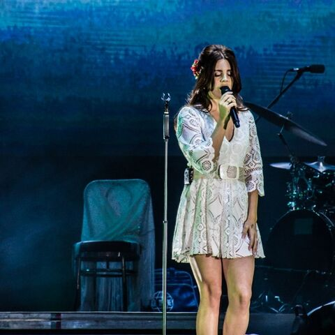 File:Lana-Del-Rey-Park-Live-Moscow-10.07.2016-9-700x700.jpg
