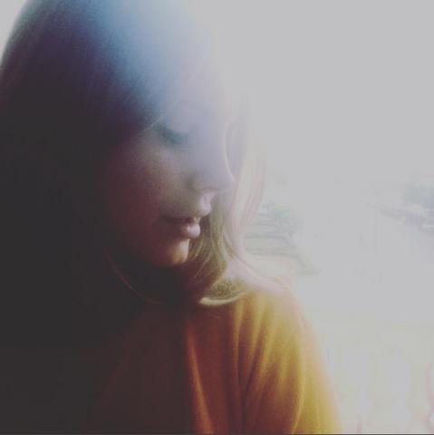 File:Lana Del Rey Arrives At Poland (Instagram).png