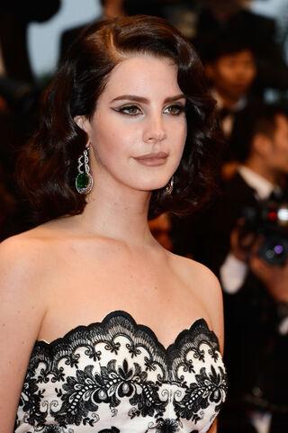File:5.-Lana-Del-Rey.jpg