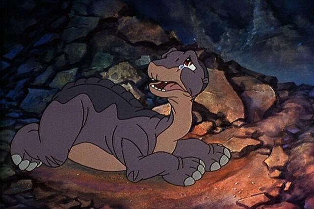 File:Sad Littlefoot.jpg