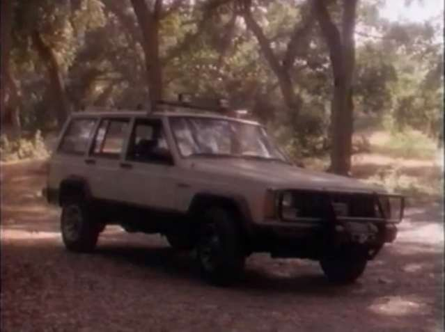 File:Lotl porters jeep.jpg