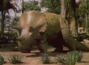 File:Lotl74-triceratops.png