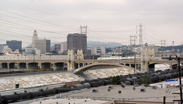 File:1280px-Fourth Street Bridge, Los Angeles.jpg