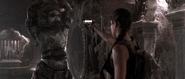 Lara vs Stone Guardian