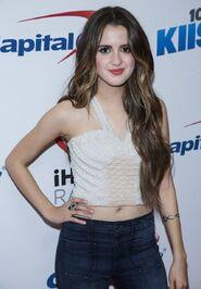 Laura at Jingle Ball (24)