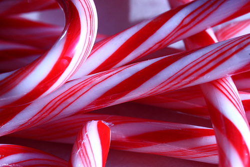 File:Candy canes close.jpg