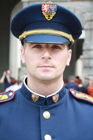 File:-Prague Castle guard-.jpg