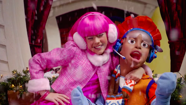 File:Nick Jr. LazyTown Pixel and Stephanie 1 - The Holiday Spirit.png