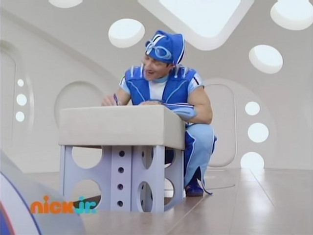 File:Nick Jr. LazyTown - Sportacus on the Move.png