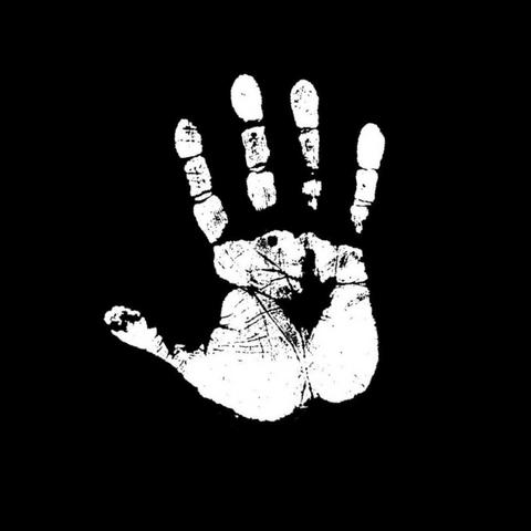File:Lythrefang Hand.png