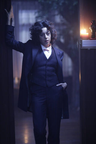 File:Promotional Image 1x05 Chapter 5 (7).jpg