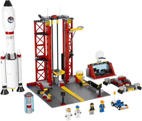 File:Lego-Space-Center.jpg