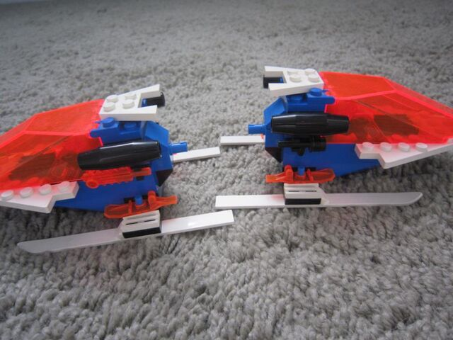 File:1000px-LEGO Today 097.jpg