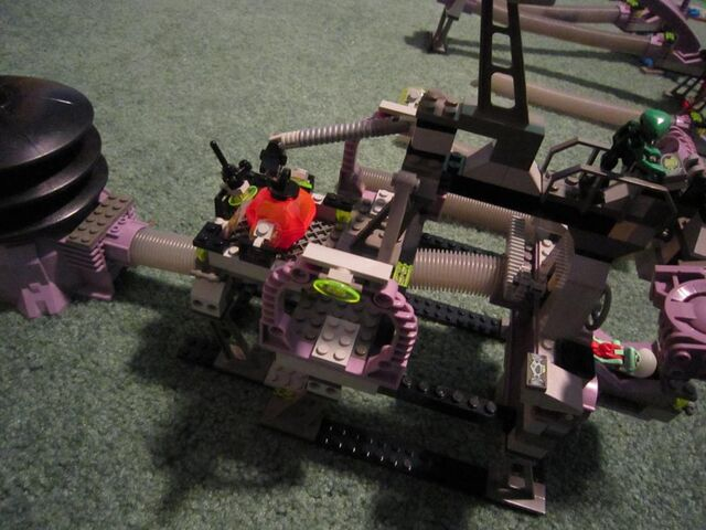 File:1000px-LEGO MM Review 008.jpg