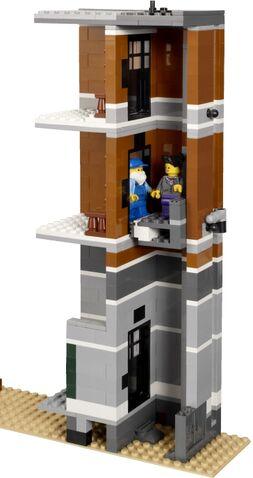 File:10224 elevator shaft.jpg