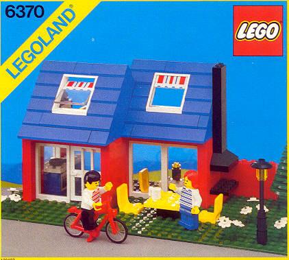 File:6370 Weekend Home.jpg