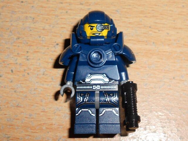 File:Space Marine-2.JPG