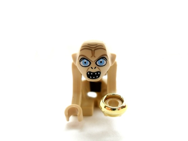 File:Gollum with the one ring.jpg