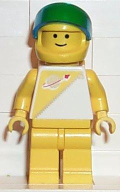 File:Yellow Futuron Astronaut.jpg