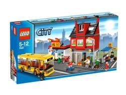 File:250px-Lego7641.jpg