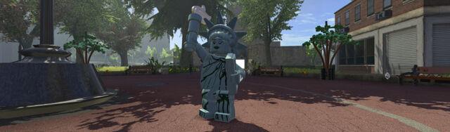File:Lego marvel super heroes liberty 01.jpg