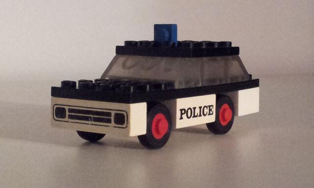 File:611 police car1.jpg
